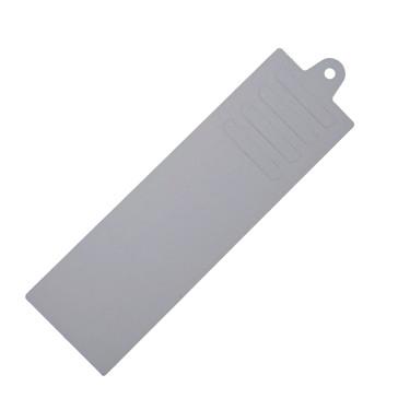 Krawattenaufhänger aus Pappe